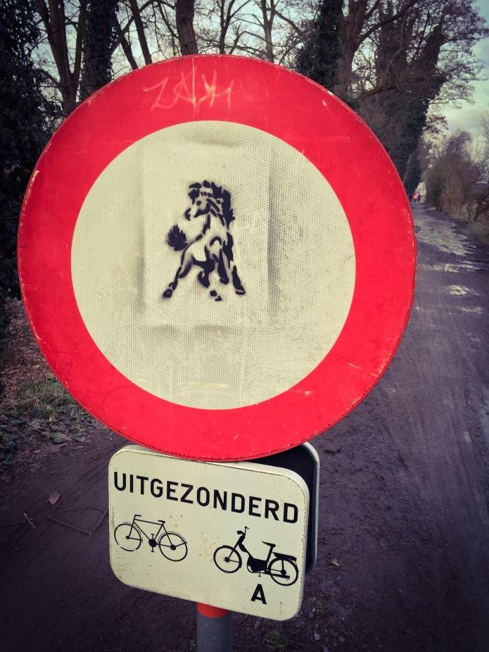 Norbertijnerweg. Te Voet in de Stad. Foto Hendrik Elie Vanden Abeele