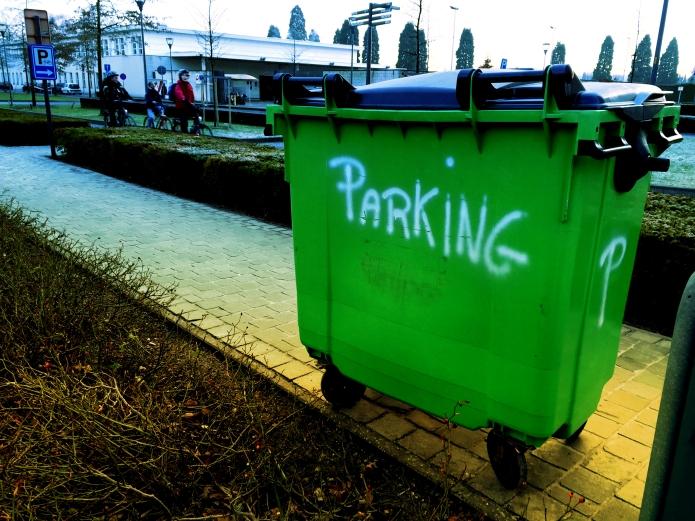 Parking. Te Voet in de Stad. Foto Hendrik Elie Vanden Abeele