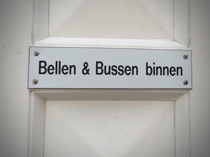 Bellen en Bussen Binnen. Foto Hendrik Elie Vanden Abeele