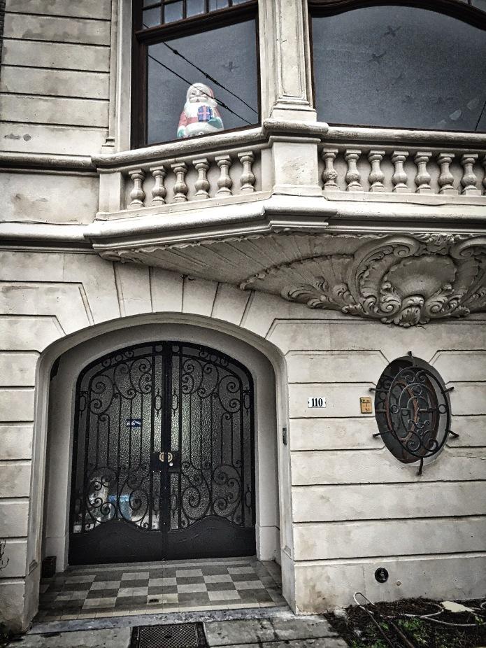 Gent, Prinses Clementinalaan. Te Voet in de Stad. Foto Hendrik Vanden Abeele
