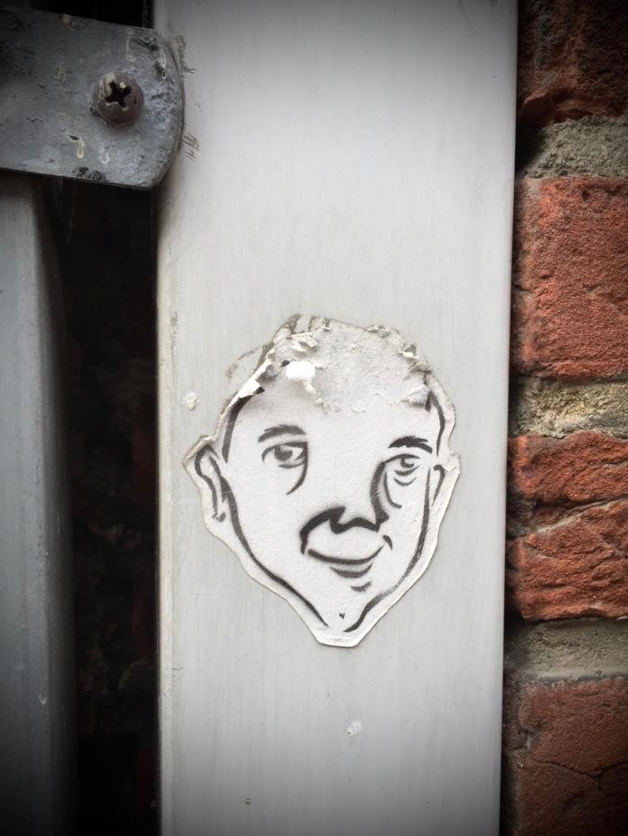 Plakkatief #13. Leuven, Koning Leopold I straat. 22 maart 2015. Te Voet in de Stad Hendrik Vanden Abeele
