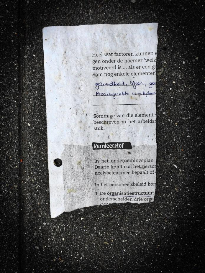 Groundtext #148 Kernleerstof. Leuven, Redingenstraat, 15 juni 2015, Foto Hendrik Elie Vanden Abeele. Te Voet in de Stad