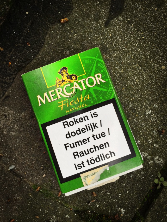 Nicotiana #11 Mercator. Leuven, Adolphe Bastinstraat, 18 december 2015, Foto Hendrik Elie Vanden Abeele. Te Voet in de Stad