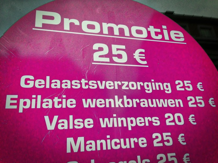 gelaastverzorging-en-zo-leuven-naamsestraat-december-2014-foto-hendrik-elie-vanden-abeele-te-voet-in-de-stad