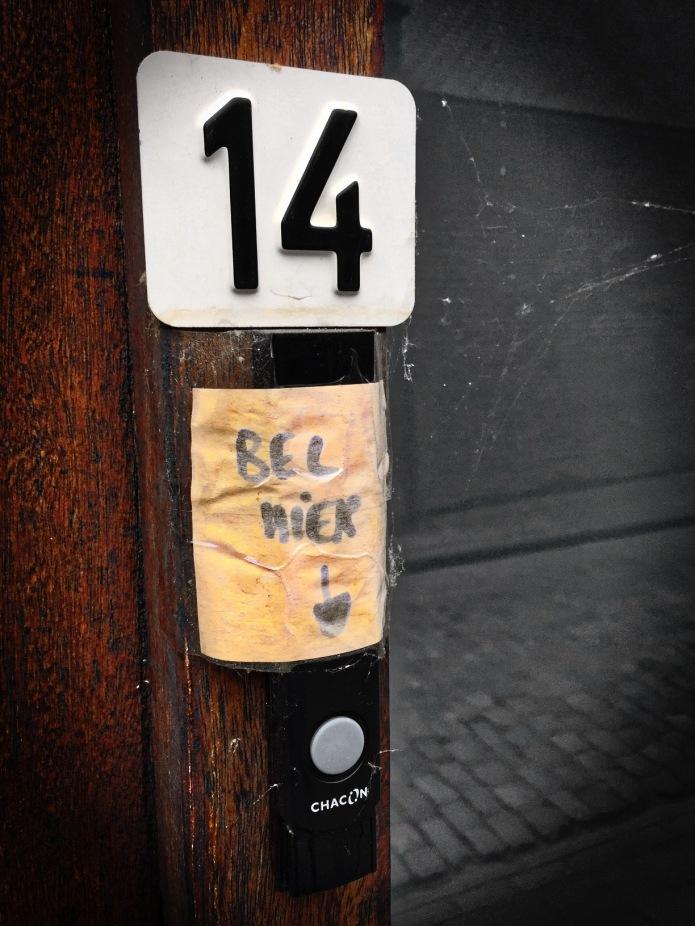 nummertje-trek-14-en-nergens-anders-leuven-zwarte-zustersstraat-26-juni-2015-foto-hendrik-elie-vanden-abeele-te-voet-in-de-stad