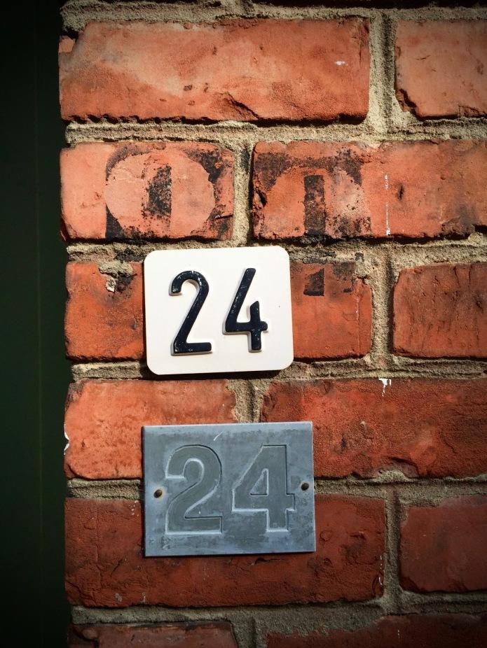 nummertje-trek-24-22-maart-2015-juist-te-voet-in-de-stad-met-hendrik-vanden-abeele-en-zijnen-iphone