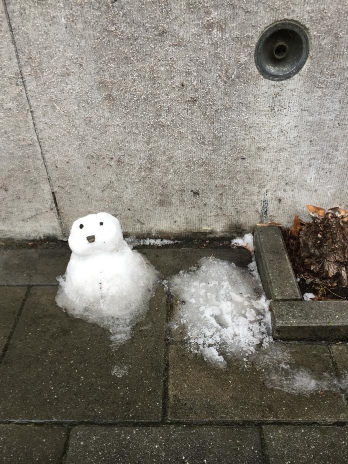 eerste-sneeuwman